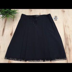 I.E. woman midi black skirt, trim lace NWT